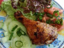 Grillowany kurczak podany z warzywami