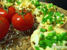 Groszkowo- jajeczne waflowe skorupki