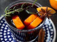 Grzane wino (grzaniec) z wiśniówką