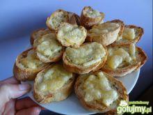 Grzanki czosnkowe z serem