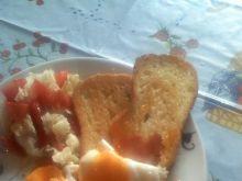 Grzanki z jajkiem