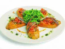 Grzanki z pomidorami i anchovies