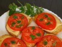 Grzanki z serem i pomidorem