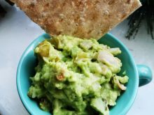 Guacamole z avocado i ogórkiem