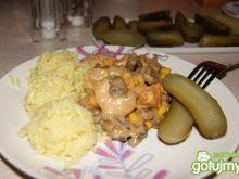 Gulasz drobiowy z ryżem