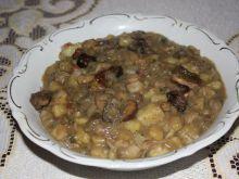 Gulasz leśny z ziemniakami