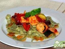 Gulasz łososiowo-warzywny