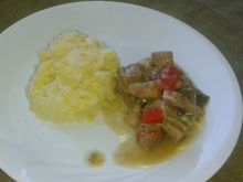 Gulasz wieprzowy w sosie paprykowym