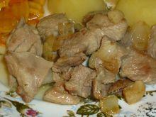 Gulasz z indyka  w sosie curry