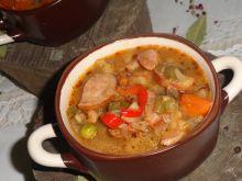 Gulasz z kiełbasy i warzyw