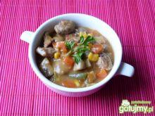 Gulasz z mięsa wieprzowego z warzywami
