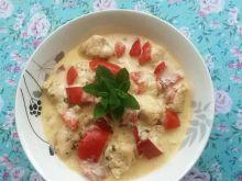 Gulasz z polędwiczek kurczaka i papryki w sosie