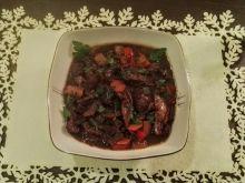 Gulasz z sarniny z grzybami
