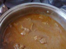 gulasz z szynki z pysznym sosem