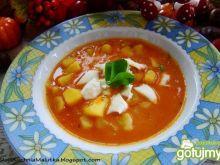Gulaszowa z ziemniaki i mozzarellą