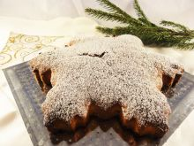 Gwiazdkowe ciasto piernikowe