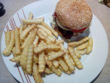 Hamburger z grillowanym kurczakiem