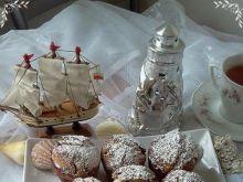 Herbaciane pączki-muffinki z susz.śliwką