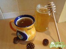 Herbata z chili i orzeszkami pinii