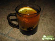 Herbata z goździkami i pomarańczą