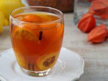 Herbata z mandarynka i pigwowcem