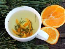 Herbatka z igieł sosnowych z pomarańczą