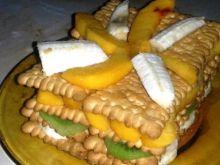 Herbatnikowy przekładaniec z owocami