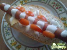 Hot-dog z sosem czosnkowym