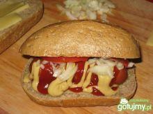 Hot dogi na żytniej bułeczce