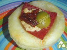 Imprezowe kanapki z ciasta francuskiego