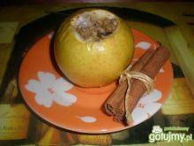 Jabłka zapiekane z miodem i orzechami