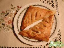 Jabłkowe rożki z ciasta francuskiego