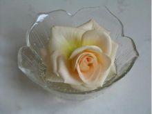 Jadalne kwiaty do dekoracji
