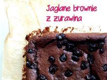 Jaglane brownie z żurawiną