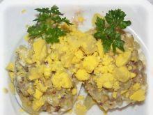 Jaja faszerowane śledziem.