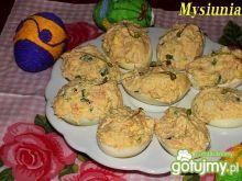 Jaja faszerowane z wędzonym łososiem