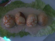Jaja w sosie chrzanowym