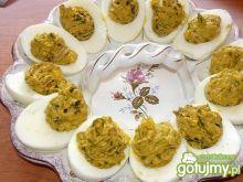 Jaja z farszem pasztetowo - pieczarkowym