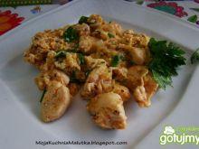Jajecznica z kurczakiem o smaku gyrosa