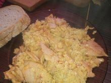 Jajecznica z szynką