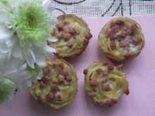 Jajeczno-makaronowe muffiny