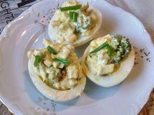 Jajka faszerowane brokułami i kukurydzą