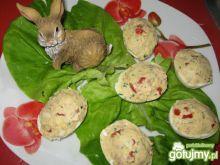 Jajka faszerowane kielbasą i papryką