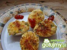 Jajka faszerowane na ciepło w skorupkach