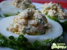 Jajka faszerowane pastą szczypiorkową