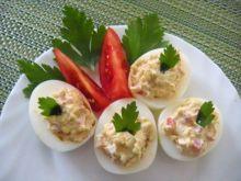 Jajka faszerowane pomidorem