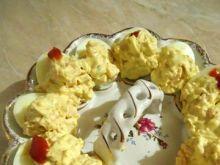 Jajka faszerowane sałatką curry