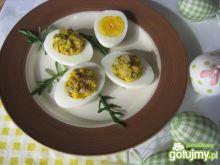 Jajka faszerowane śledziem.