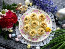 Jajka faszerowane szynką długodojrzewającą