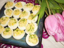Jajka faszerowane z chrzanem i rzeżuchą